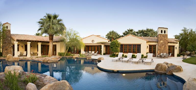 Custom residential gunite pool